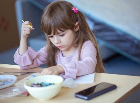 Взрослая мозаика детскими руками