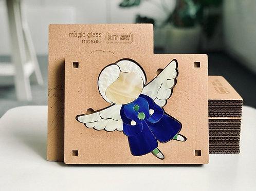 Ангел хлопчик /у синьому/