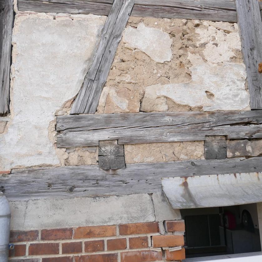 Schäden an einer Fachwerkfassade