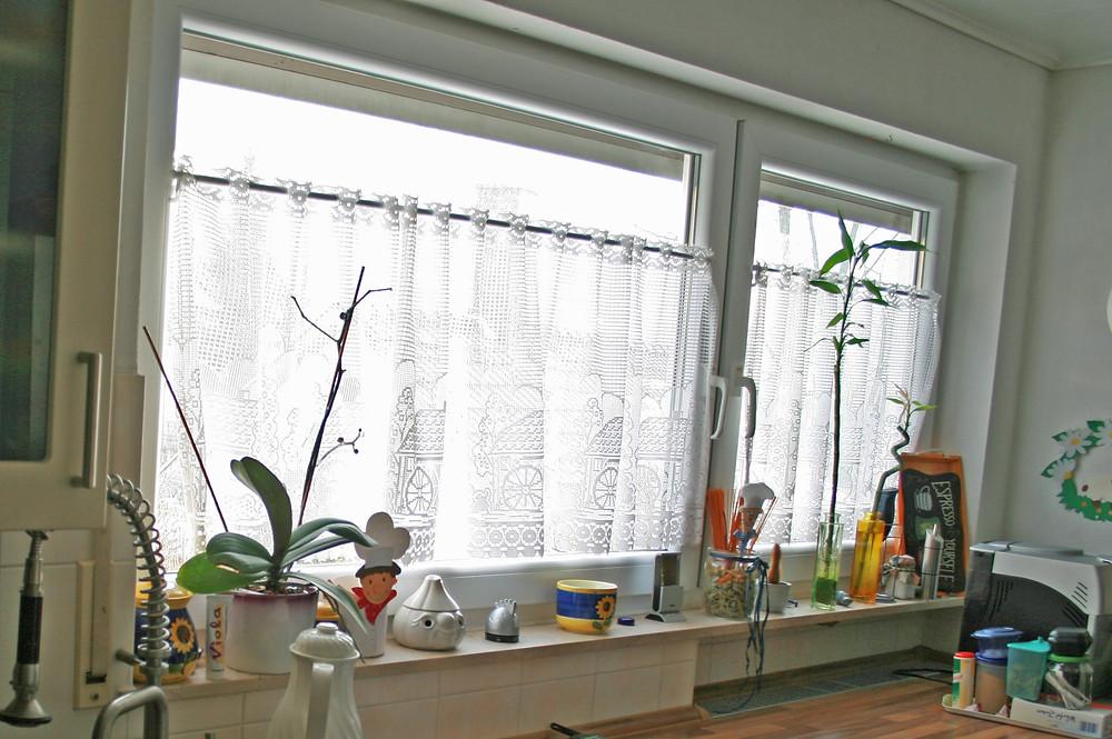 Gegenstände auf Fensterbänken erschweren das Stoßlüften