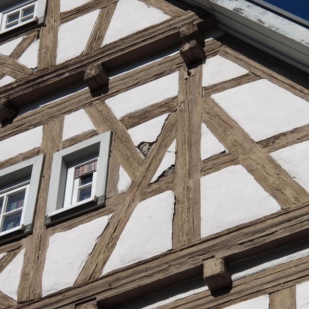 Fachwerkfassade mit Schäden