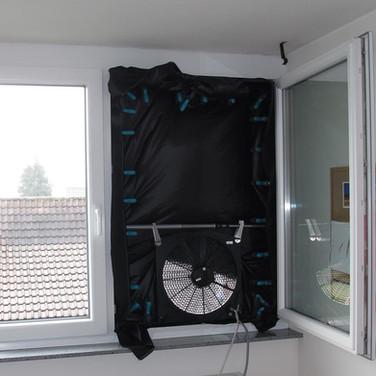 Blower-Door-Messgerät_für_die_Untersuchu