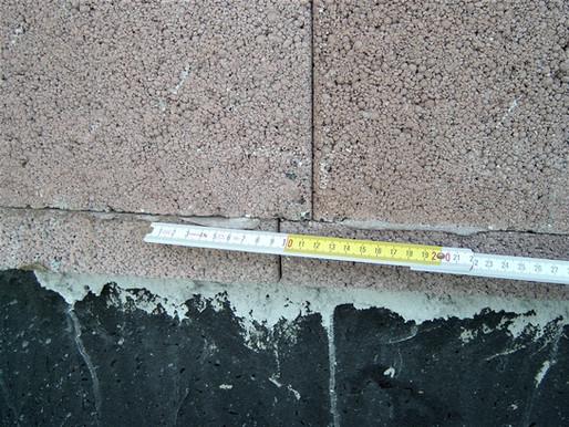 Rissgefahr durch zu geringes Überbindemaß bei Mauerwerk