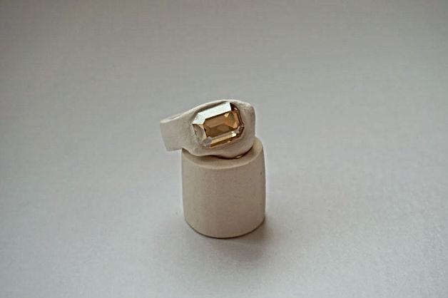 web_Ring_beige_7.jpg