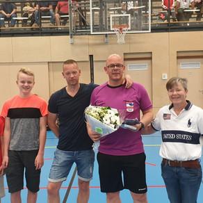 Conventus scheidsrechter Klaas Kauffeld ontvangt Zilveren Fluit