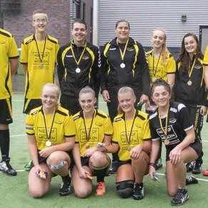 Korfbaljeugd sv Conventus viert twee kampioenschappen