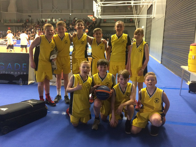 MADDISTON TAKE FALKIRK Jump2it Basketball EMIRATES FINAL