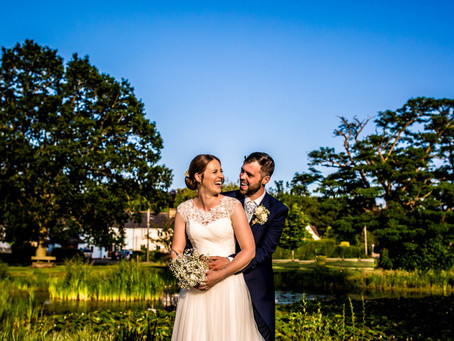 ***Victoria & James Wedding Preview*** A Summer Wedding at Potten End Hall Village