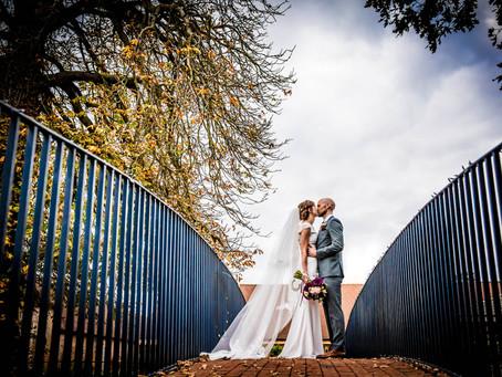 Rebecca & Chris at Bassemead Manor Barns, St Neots