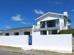front-house-facade2
