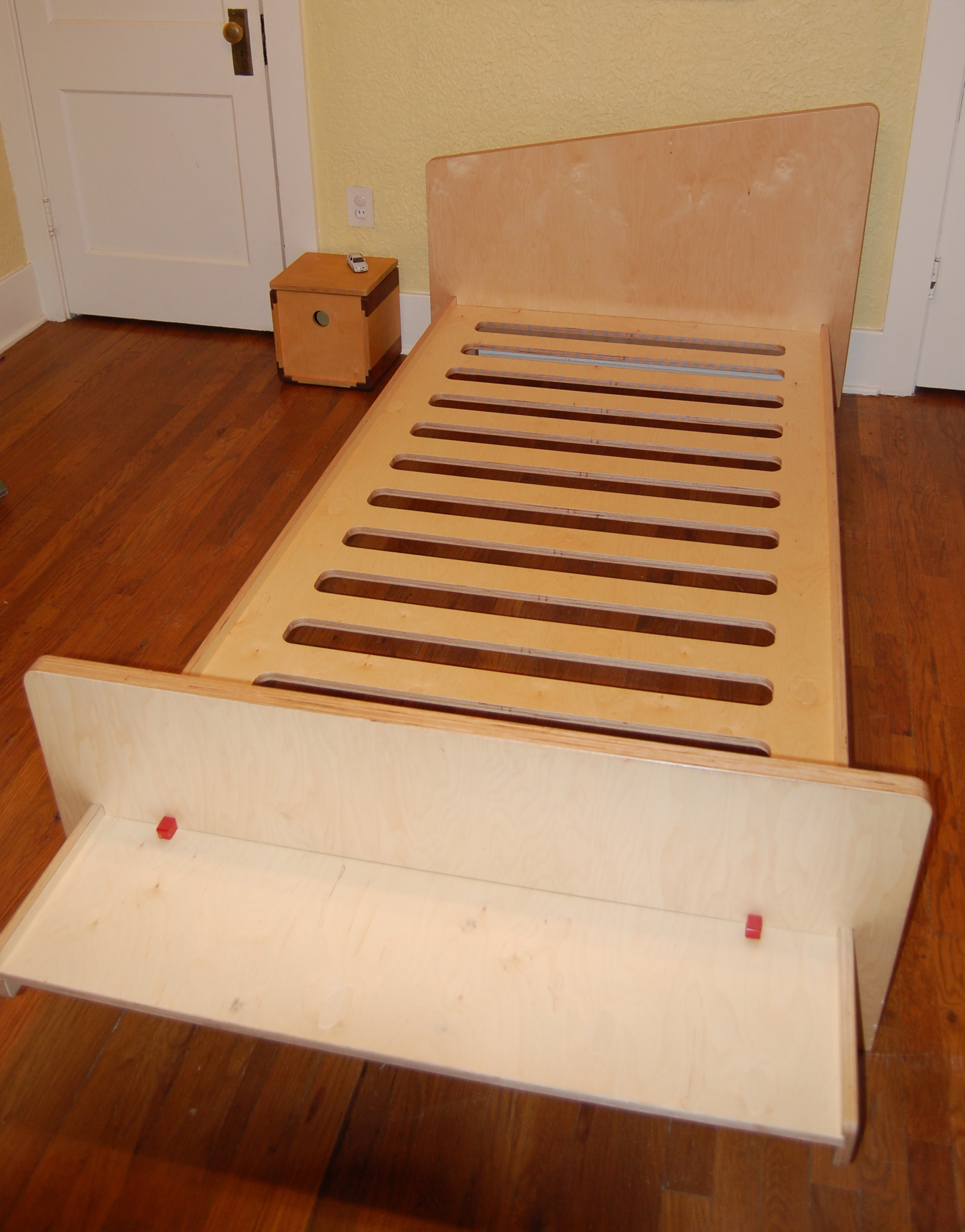 GMO bed frame 1