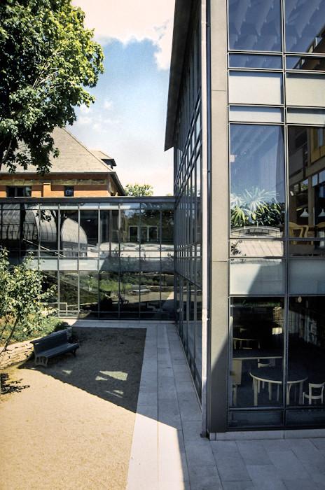 008 Westmount Public Library Exterior.jp