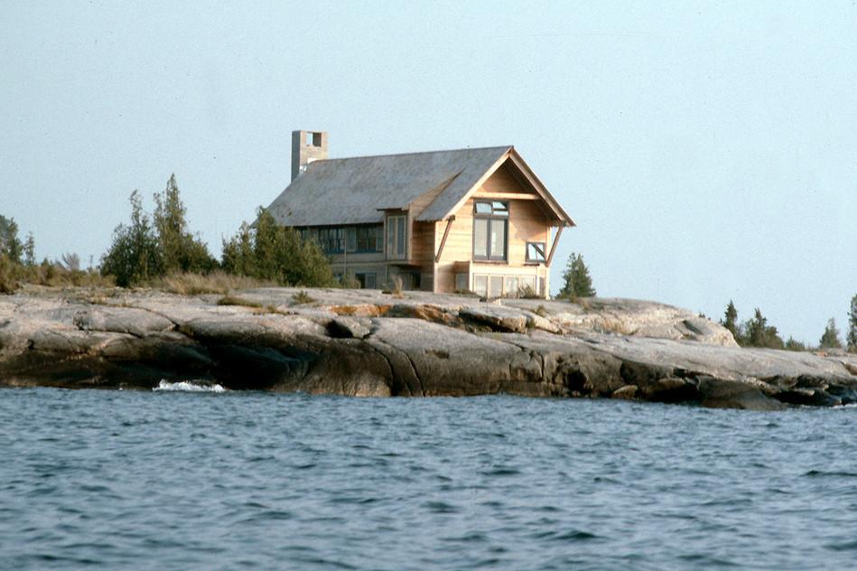 005 House on Georgian Bay Exterior.jpg
