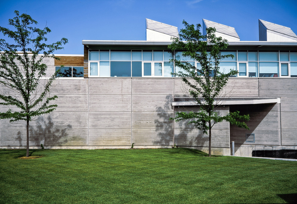 008 Chicago Bears Headquarters Facade.jp