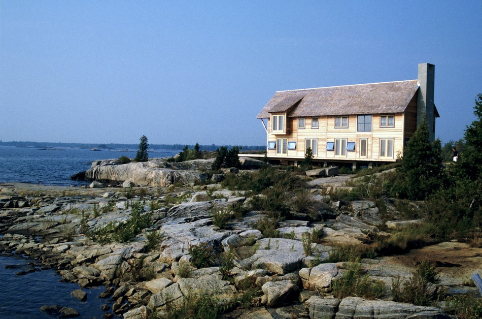 002 House on Georgian Bay Exterior.jpg