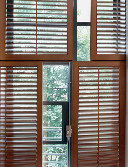 009 Manhattan Townhouse Window Detail.jp