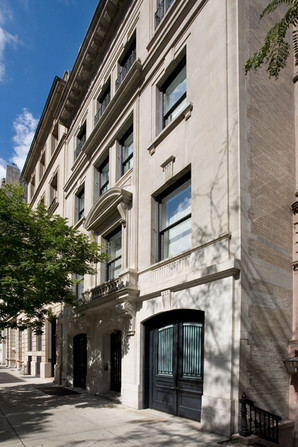 020 Manhattan Townhouse Exterior.jpg