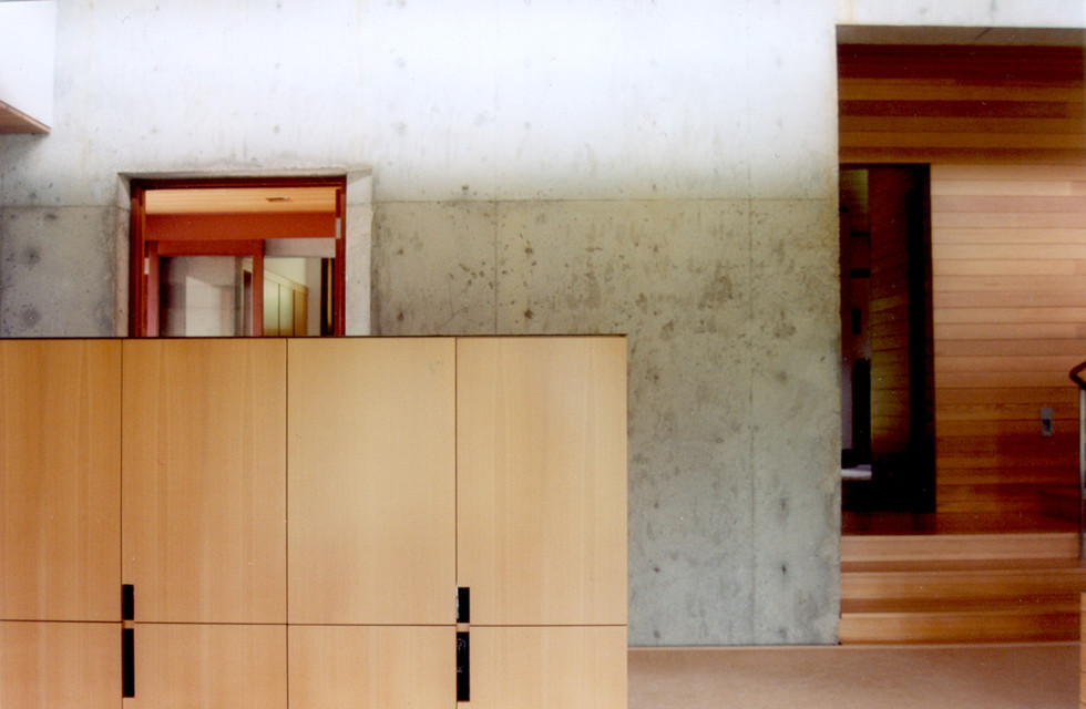 020 Art Studio and Residence Interior.jp