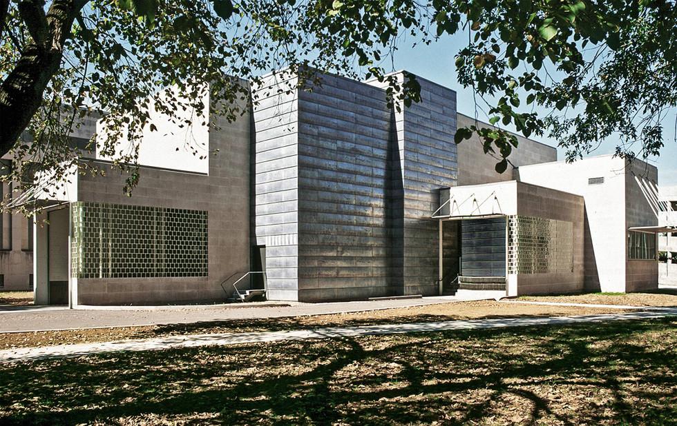 007 Speed Art Museum Exterior.jpg
