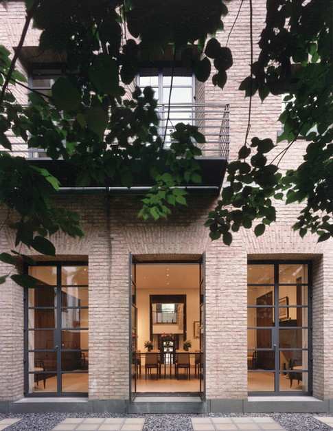 001 & 12 Manhattan Townhouse Courtyard E