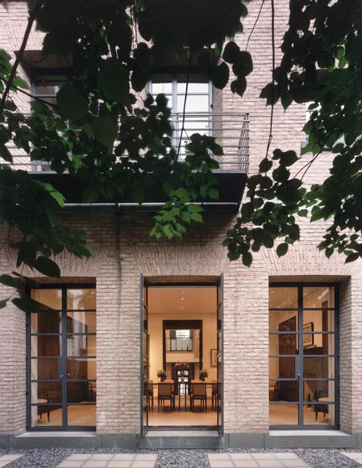 001 & 12 Manhattan Townhouse Courtyard E