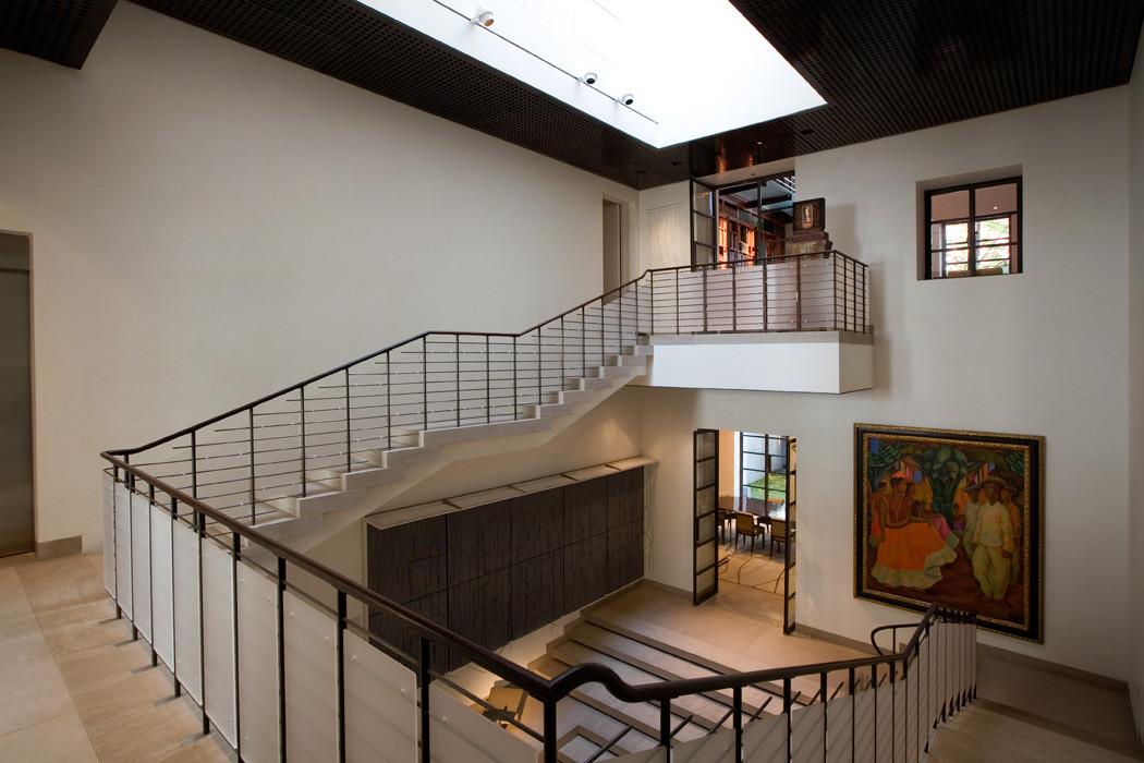 021 Manhattan Townhouse Interior.jpg