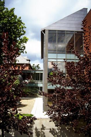 007 Westmount Public Library Exterior.jp