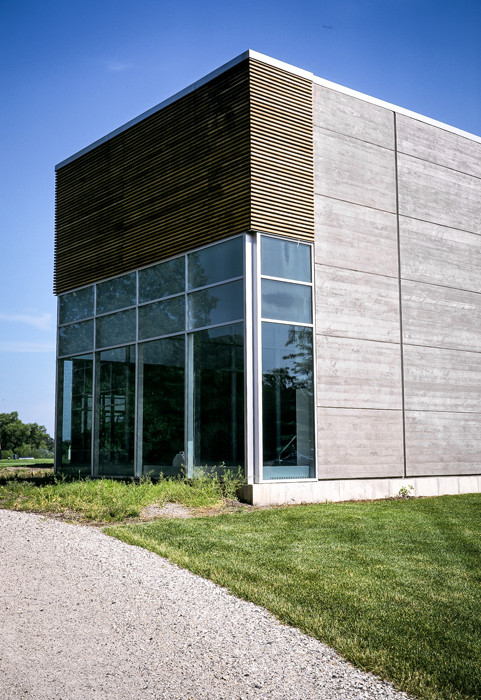007 Chicago Bears Headquarters Exterior.