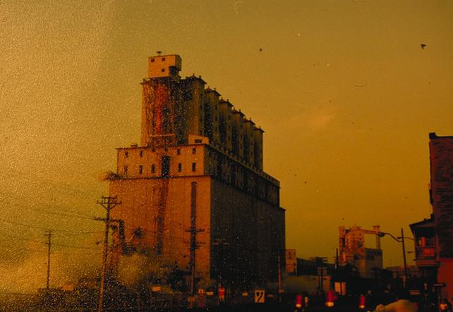 009 Le Vieux Port de Montreal Grain Elev