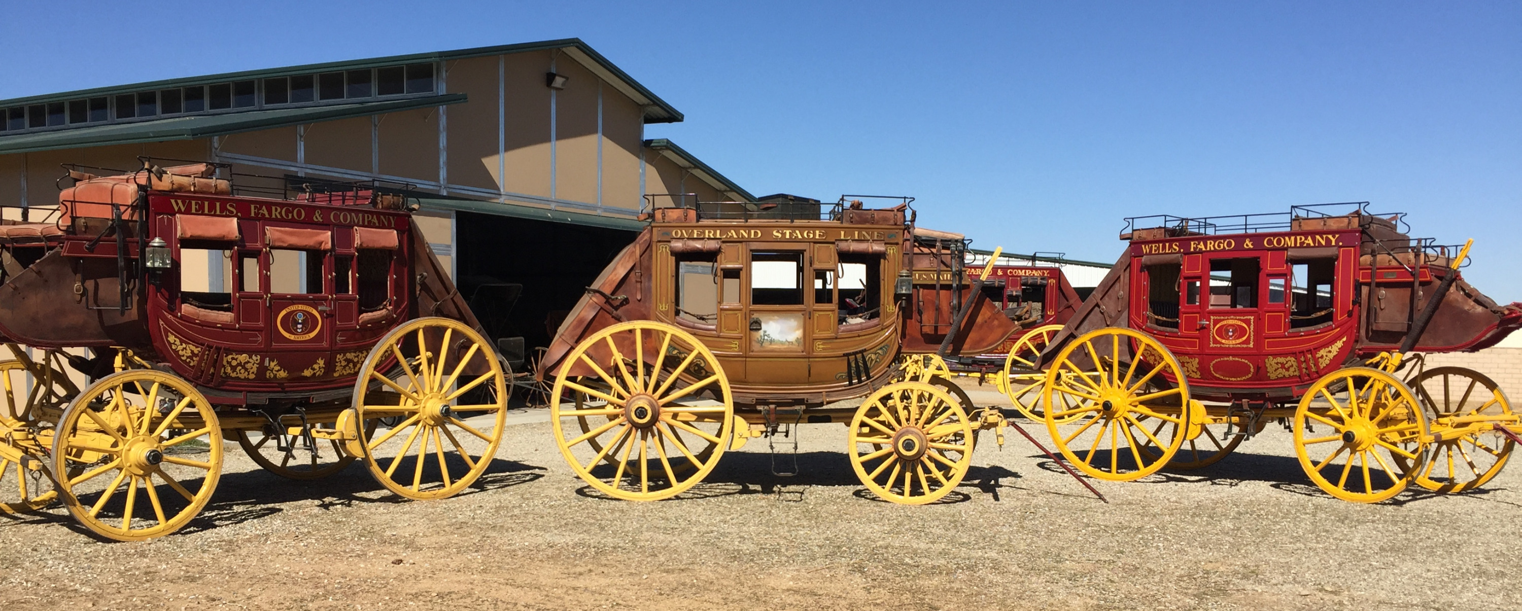 3 STAGECOACHES