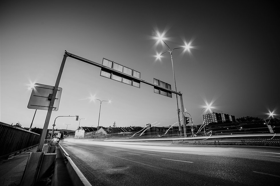 road-intersection-bw.jpg
