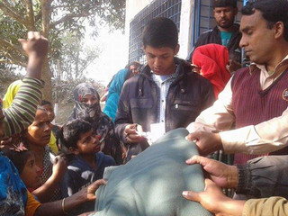 Winter Blankets Distribution 2016-17(4): Dinajpur