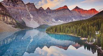 カナダの山と湖
