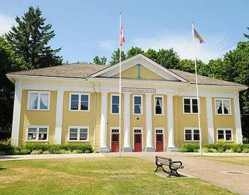フォートラングレーの旧市庁舎