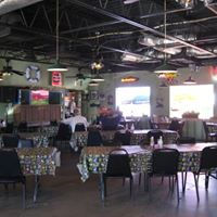 Dining room at The Point b.jpg