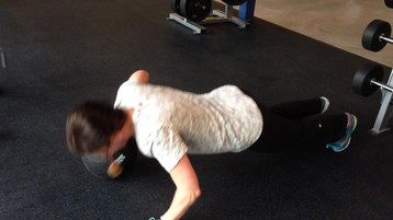 pushup on Medicine ball