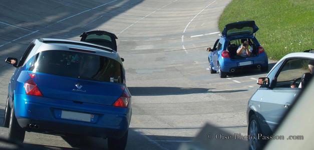 Backsatage shooting automobile