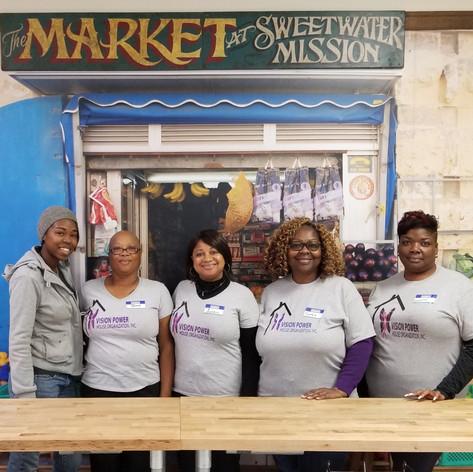 Sweetwater Nov Volunteer Day Pic1.jpg