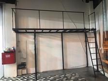 בניית שטח אחסון עילי, קומה נוספת מברזל
