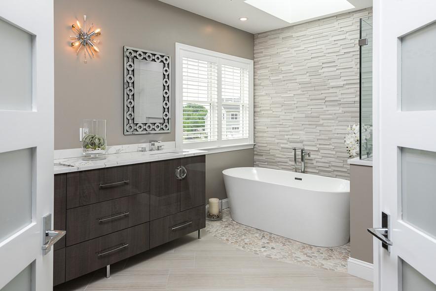 Transitions_Bathroom-1.jpg
