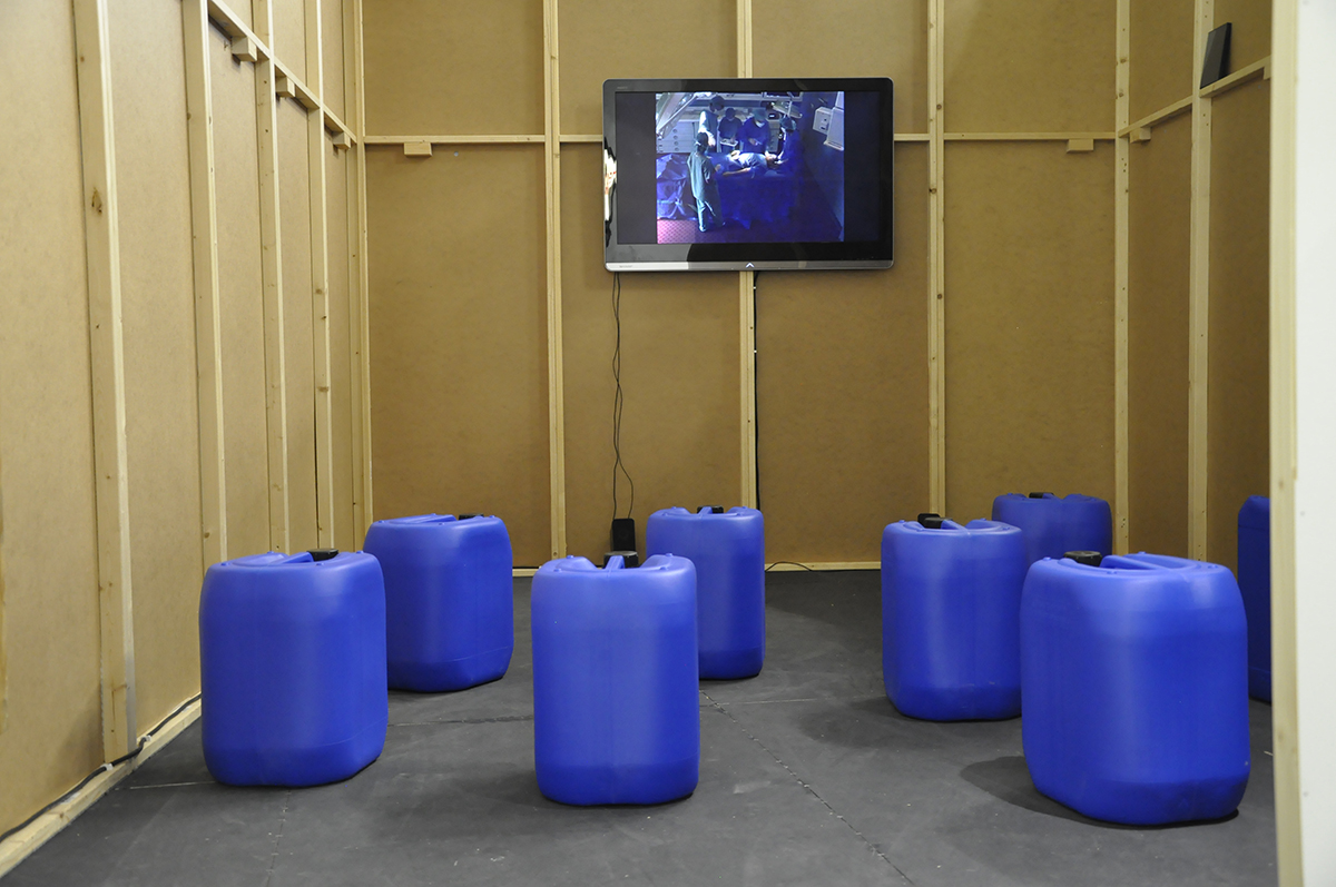 Ausstellungsansichten Port25_superart_tv_03.jpg