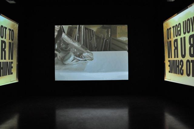 Ausstellungsansichten PORT25 uEiMs_HuT S