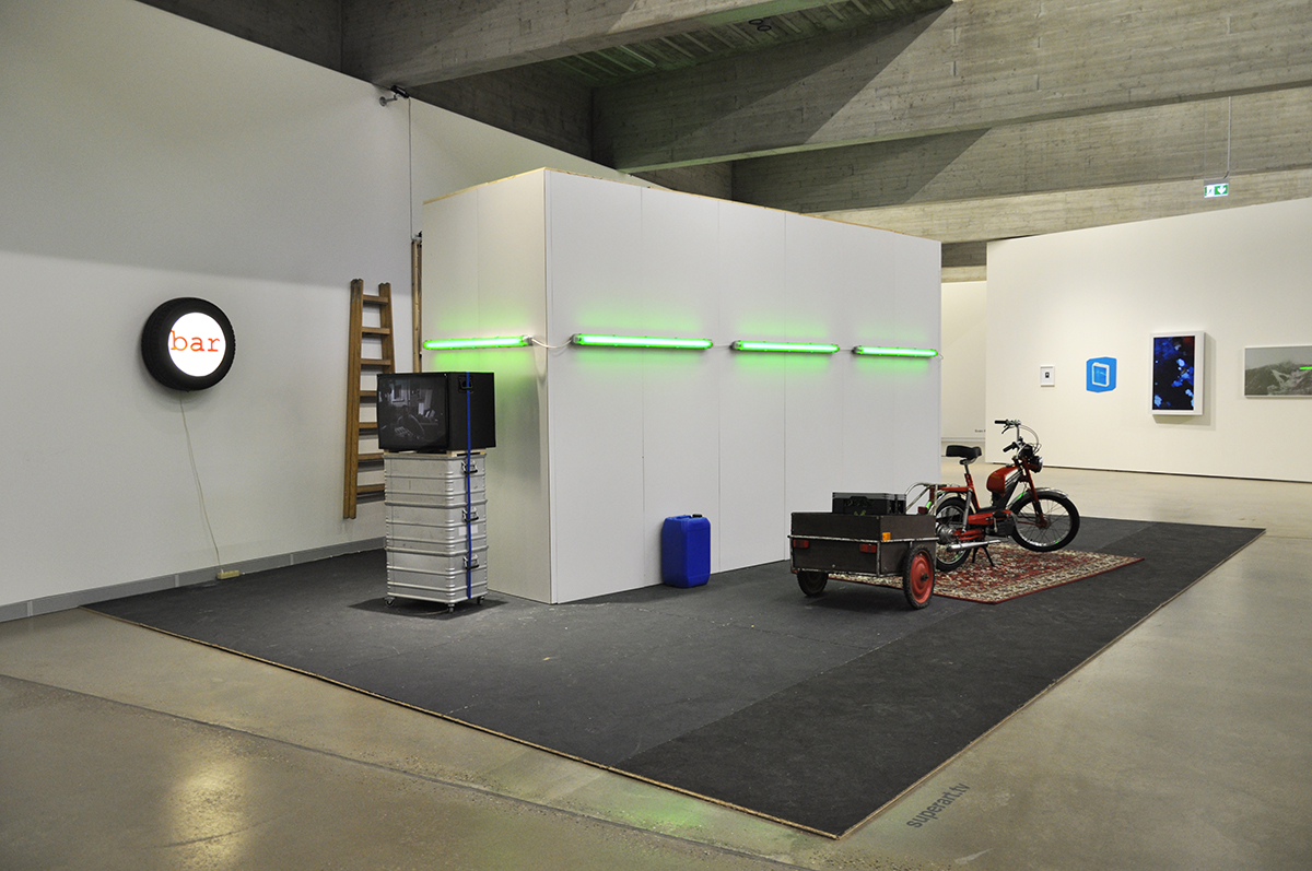 Ausstellungsansichten Port25_superart_tv_08.jpg