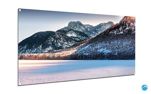 Frozen Lake Berg
