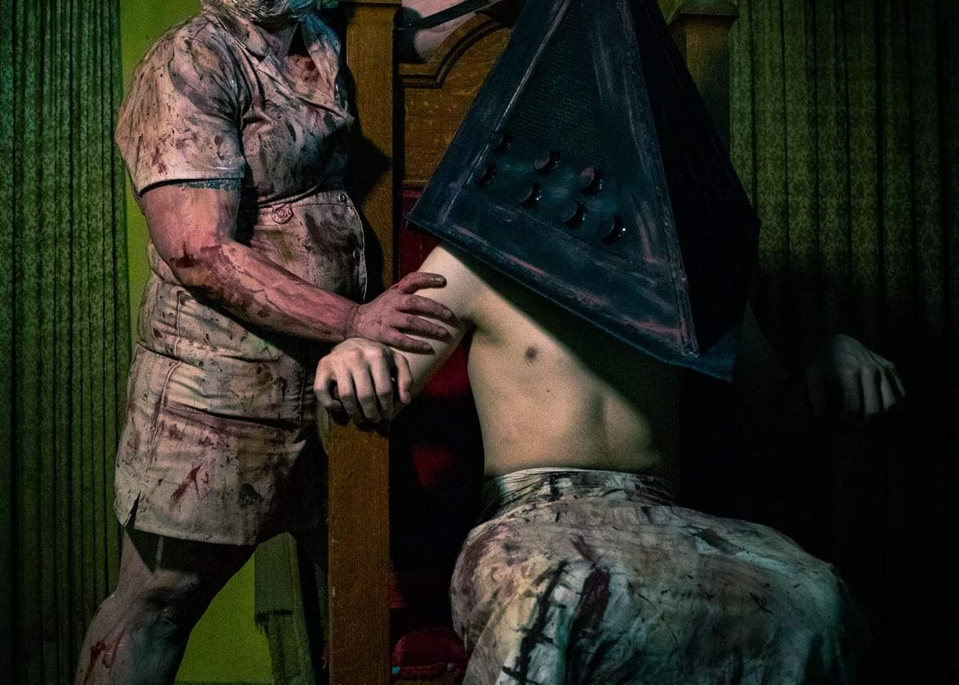 Silent Hill Nurse + Pyramid Head