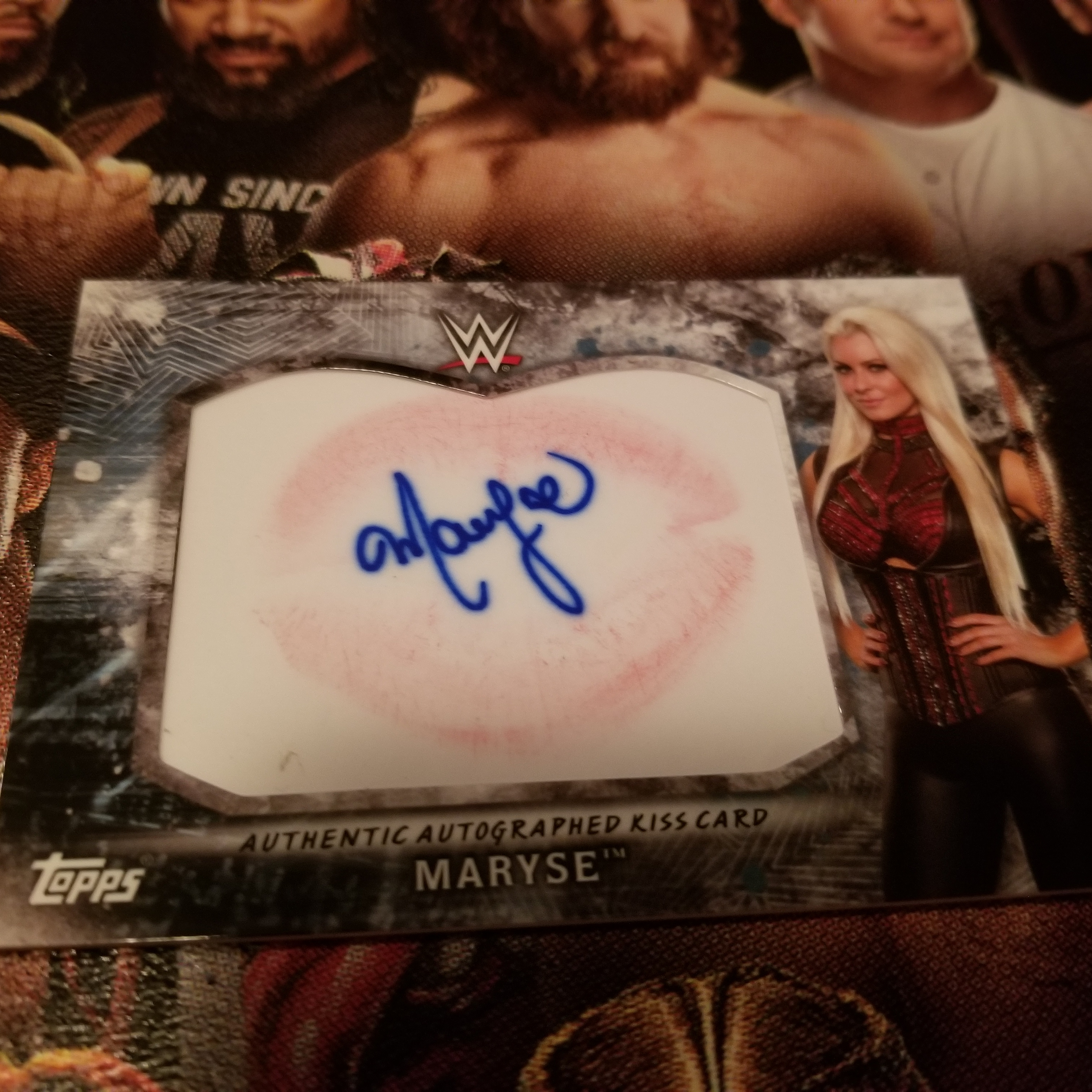 Maryse signed kiss card