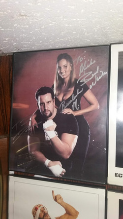 Tommy Dreamer/Beulah signed photo