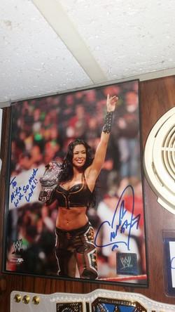 Melina signed photo
