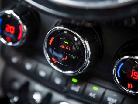 How temperature and humidity affect the car's AC performance