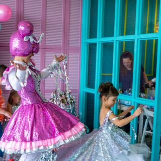 серебряное шоу кукла лол.JPG